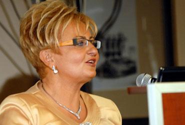 Prof. nadzw. dr hab. Ewa Kucharska